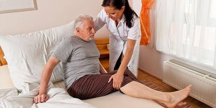 После инсульта парализована правая сторона